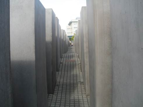 Spomenik žrtvam holokavsta