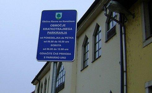 Spremenjen režim parkiranja na Ravnah